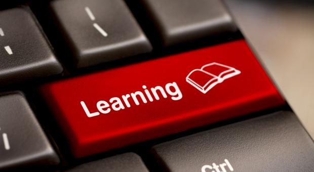 E-textbooks for ESL